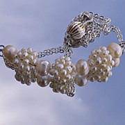 SALE Delicate cultured pearls necklace with cluster beads