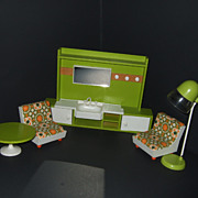 German Beauty Parlor Set