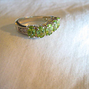 Beautiful Sterling Silver PERIDOT Ring