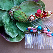 SALE Vintage Hair Combs Two Fancy Baroque Style Side Combs
