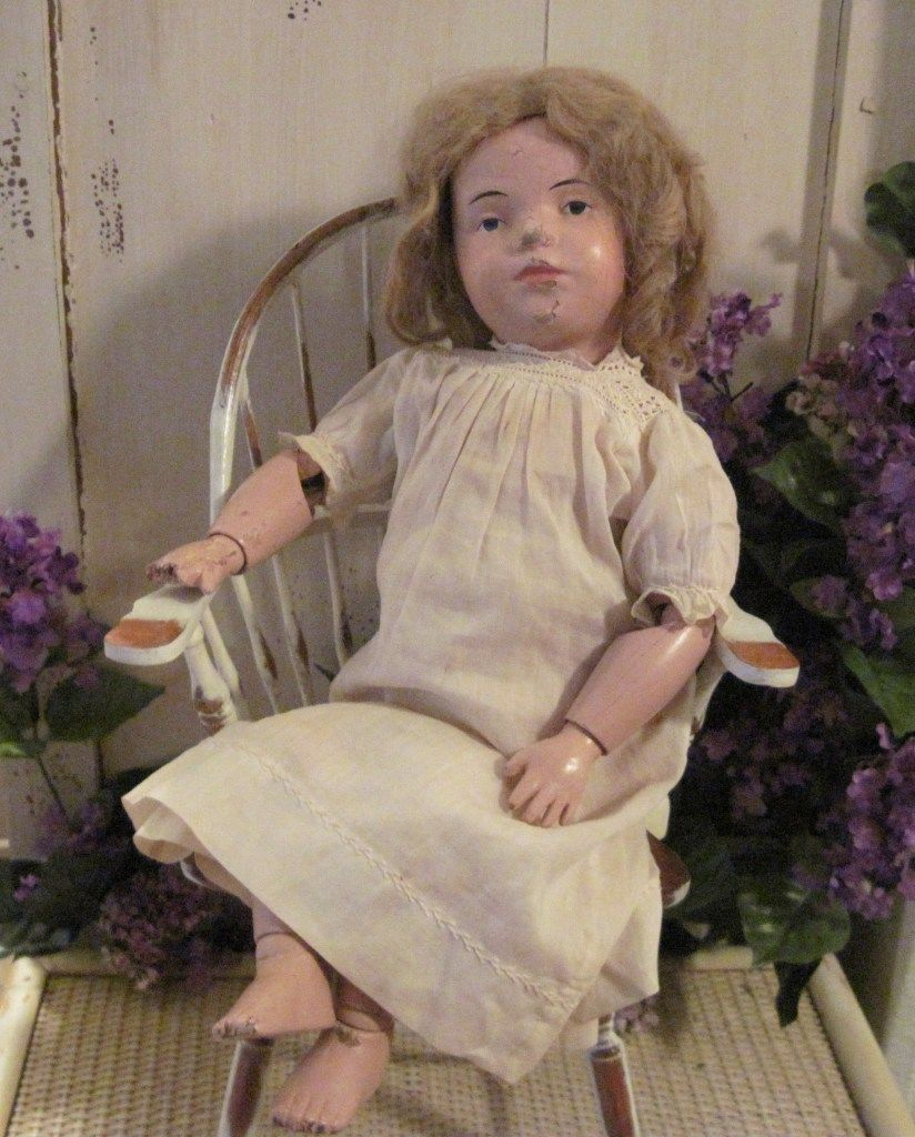 Wood Jointed Schoenhut Classic Doll  16 / 308 with original wig