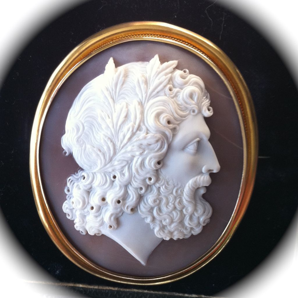 Fabulous Quality Museum Grade Shell Cameo of Zeus in 18K Gold Mount