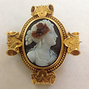 French Hardstone Cameo Brooch/Pendant of Flora