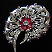 Unsigned Sterling Retro Brooch.