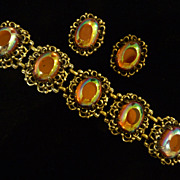 Gorgeous Cabochon Carnival Glass Bracelet and Earring Set.