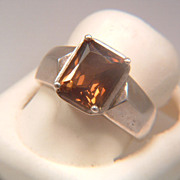 Vintage 1980s Sterling Silver and Madeira Citrine Ring