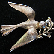 SOLD Vintage Costume Jewelry Marvella Peace Dove Bird