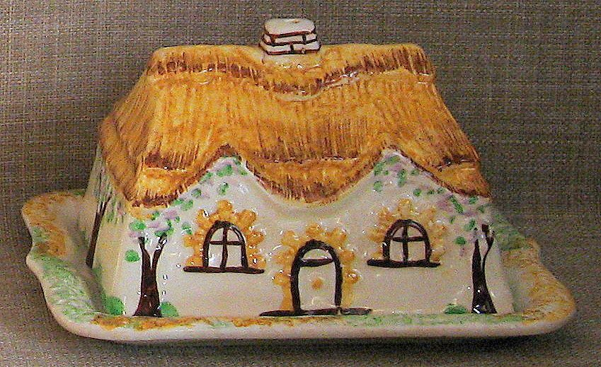 Charming & Hard-To-Find Handpainted Staffordshire Cottage Ware Butter/Cheese Keeper