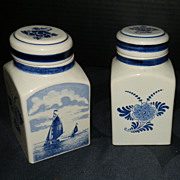 Set of two hand painted Delft bottles with Tray, Made in Holland