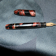 Marked 14 kt Gold Fountain Pen Nib in Unmarked Celluloid Students Pen