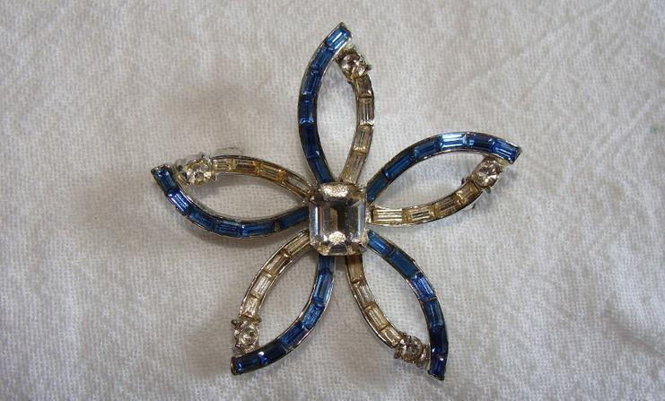 Vintage Corocraft Brooch - Signed