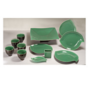 William Manker (1911 - 1989) California Pottery 12 piece Ceramic Set