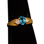 SALE 10K Gold & Aquamarine and Diamond Chip Ring Size 7