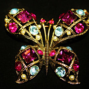 REDUCED Vintage Lisner Dome Pastel Butterfly Brooch Pin
