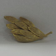 Gold Wash Leaf Broach Unmarked Costume Jewelry Pin