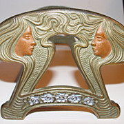 Decorative Art Nouveau Metal Adjustable Book Rack