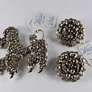 Vintage Weiss Rhinestone Poodle Pin Brooch Earrings Demi Parure Set Original Tags / Cards