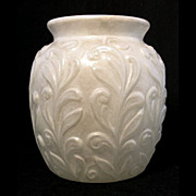 "Phoenix art glass white stained crystal FIGURED VASE, 6"" h."