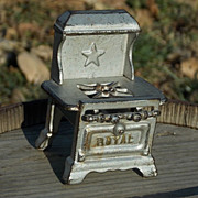 Miniature Toy Royal Cast Iron Dollhouse Child Stove