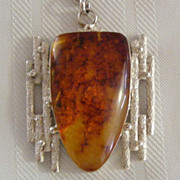 Large Amber and Sterling Pendant Collar