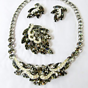 Weiss Smoky Gray Rhinestone Black Diamonds Parure Necklace Brooch Earrings