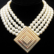 JAY FEINBERG Designer Vintage Showstopping Simulated Pearl Statement Necklace