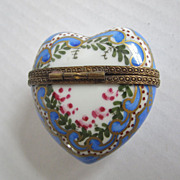 Limoges Paris France Vintage Porcelain Hand Painted Heart Love Trinket Box Brass