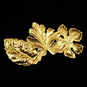 SALE Signed Carolee Large Gold Tone Tri-Leaf Brooch