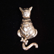 Vintage Sterling Silver Articulated Tail Cat Brooch