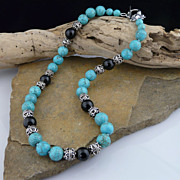 Striking Turquoise,  Onyx Bead and Sterling Silver Choker