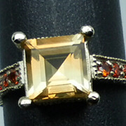 14kt Citrine & Garnet Ring; FREE SIZING.