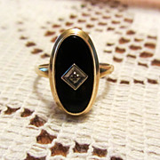 Vintage Black Onyx and Diamond 10k Gold Ring-Sz 6.5