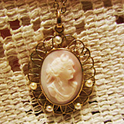 Vintage Genuine Pink Conch Shell 14K Gold Filled Cameo & Seed Pearl Necklace