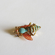 Unusual Vintage Honey Bee-Bumble Bee Pin Brooch-Enameled Gold-Tone-Realistic 3D