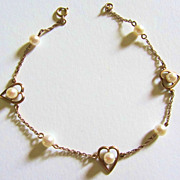 Beautiful Vintage 9ct Gold & Genuine Pearl Sweet-Heart Bracelet-Heart Motif