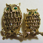 Vintage GERRY'S 2 pc Matched Set OWL Pin Brooches w/ Green Rhinestone Eyes