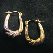 10K Gold Textured Hoop Earrings - Vintage