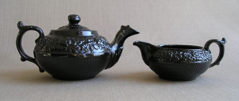 Jackfield Teapot & Cream Jug