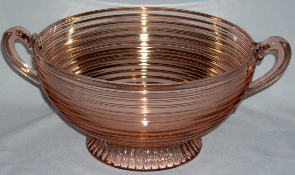 Manhattan Pink Depression Glass Large Deco Footed Fruit Bowl w/ Open Handles
