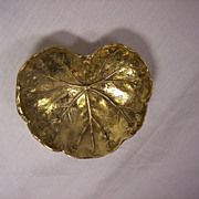 Virginia Metalcrafters Brass Geranium Leaf Tray