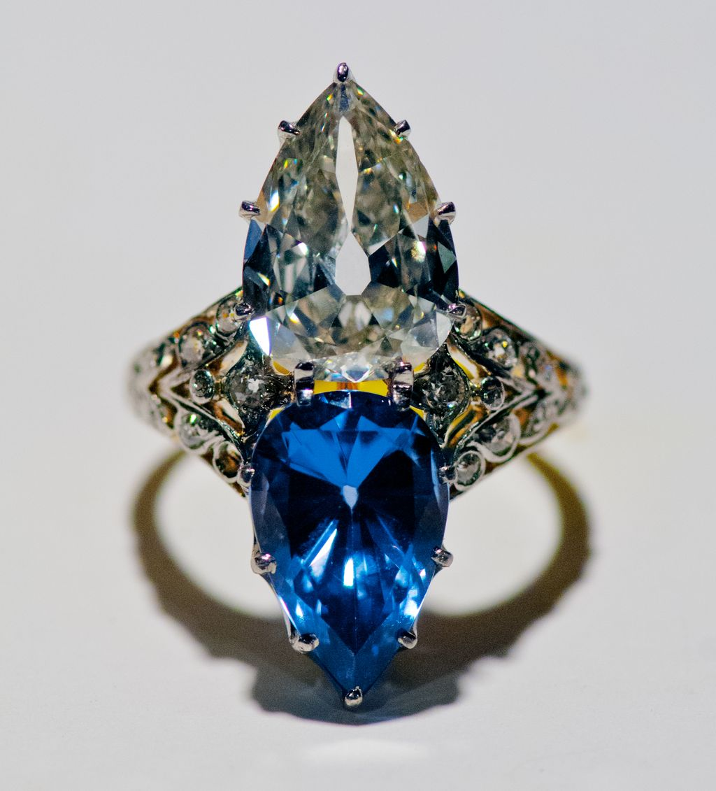 Gattle  Platinum and 18k Yellow Gold  Pear shaped Diamond & Blue Spinel Ring