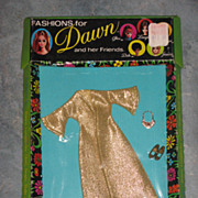 MIB Dawn Outfit Long Gold Dress with Shoes and Necklace