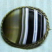 Vintage Banded Agate Brooch