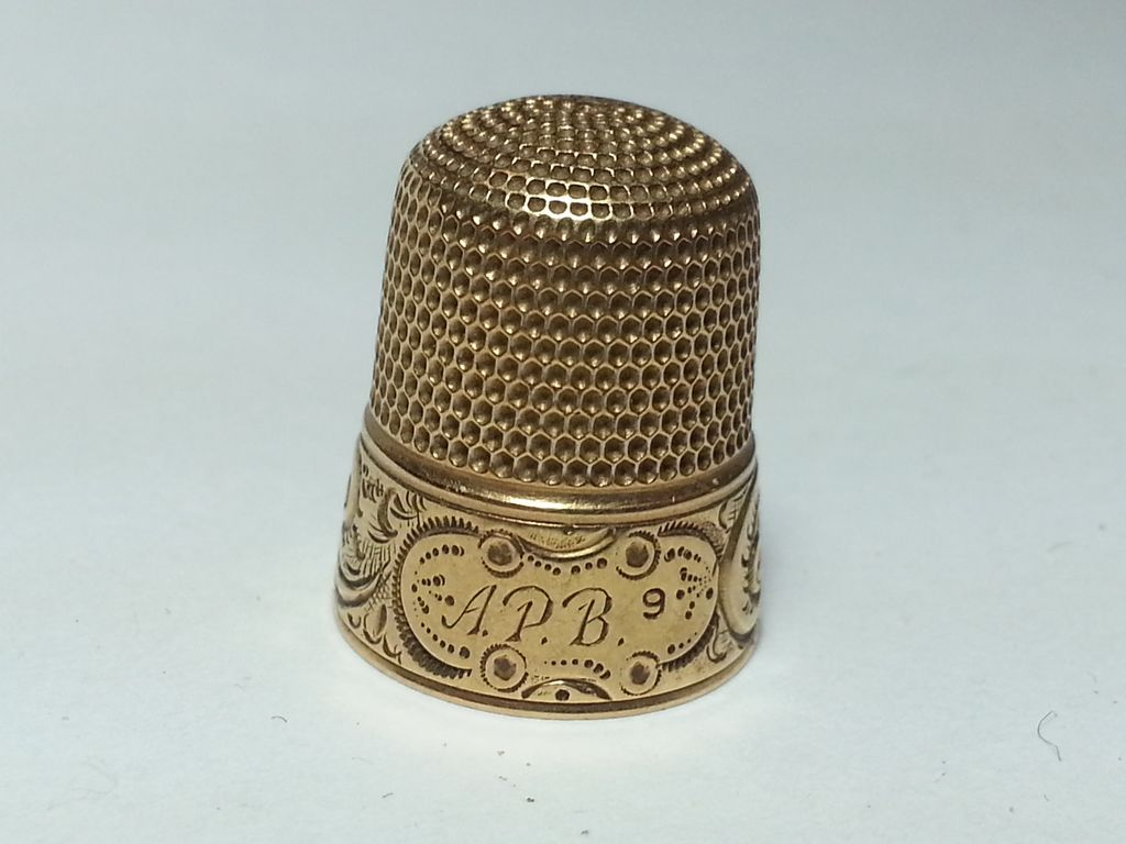 14k Gold Sewing Thimble