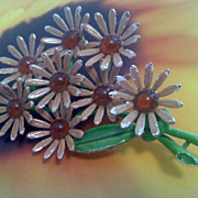 Artsy Vintage WEISS Daisy Brooch