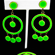 Mod Geometric Neon Green Enamel Vintage Dangle Brooch and Clip Earring Set