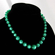 SALE Vintage Kelly Green Lucite Moonglow Bead Necklace