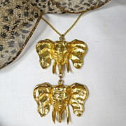 Vintage Double Figural Elephant Charm Necklace