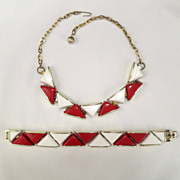 Vintage Red & White Thermoset Triangle Modernist Necklace Bracelet Set