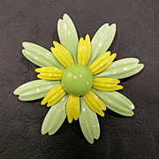 Vintage Seafoam Green and Yellow Enamel over Metal Flower Pin Brooch